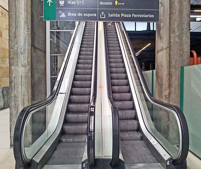 Escaleras Individuales-Renfe Oviedo